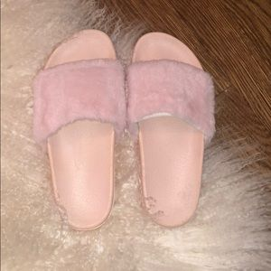 Shoes - PINK FURRY SLIDES!